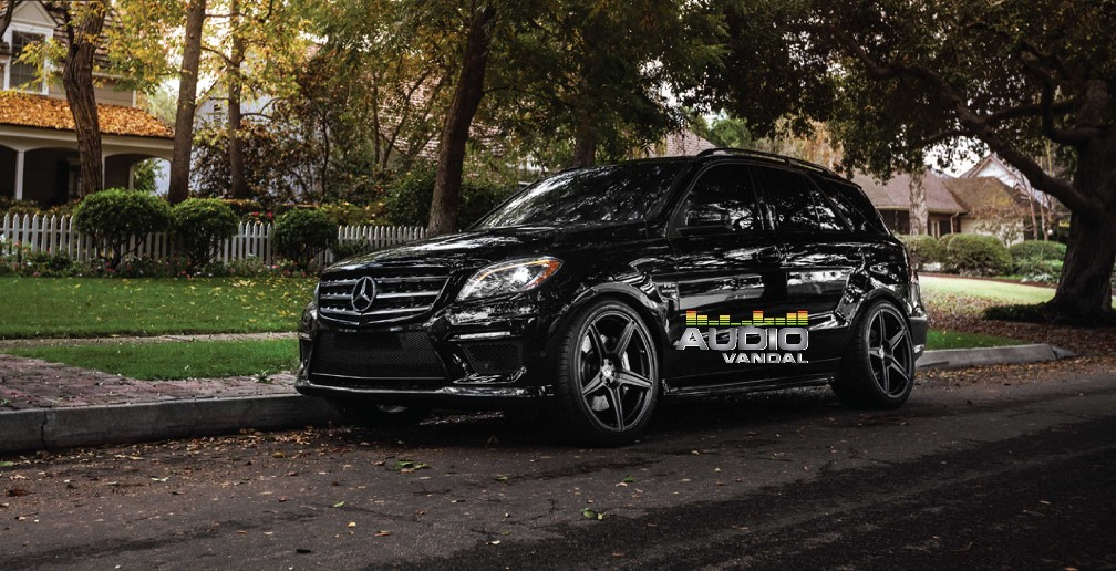 Audio Vandal Mercedes ML 6.3 AMG